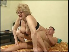 Fat granny gets nailed