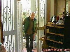 Japanese MILF enjoys hot sex part5
