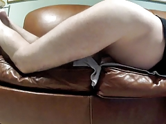 Couch Pussy pt 2