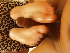 gf ebony footjob