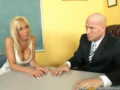 Misty Vonage - Mommy to the rescue