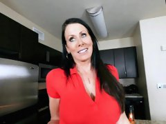 Smoking hot stepmom got pounded from behind