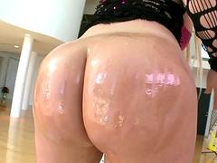 Phat booty slut Julie Cash screwed up