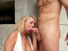 Mature loves fresh dick into her warm cunt and throat