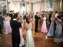 HD Blondes Porno Video