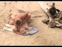 Sexy amateur wife getting drilled nice and hard on the beach