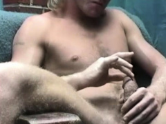 Mature Amateur Bobby Beating Off