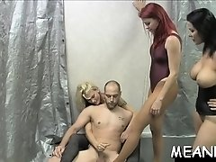 Lengthy penetrating of perverted pussy gets so interesting