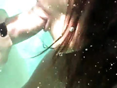 Miss Raquel Deep Throats Lars Underwater