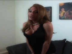Busty trans babe cummed