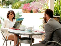 After leaving a cafe together Adriana Chechik and Chad Whitehead over to Adriana's house where they planned to look at comics together