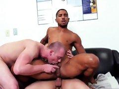 Male gay porn Pantsless Friday!