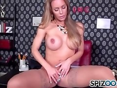 Nicole Secretary Dream