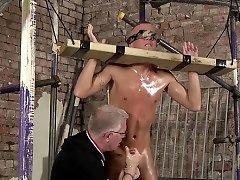 Hawt gay enjoys rough sadomasochism games