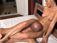 Sandra guy wrestling on the bed and makes him lick her pussy