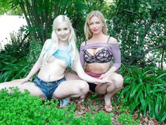 Cute angels Vera Bliss and Serene Siren are fucking in the car