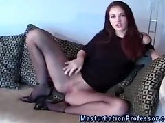 Sexy pantyhose hottie knows how to tease