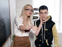 Tutor With High High-Heeled Shoes Porks College Girl - PornGem