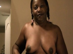 Chubby ebony girl in sey lingerie spreads her pussy lips