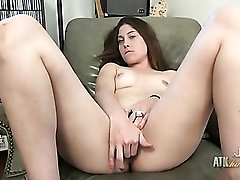 Big clit and a hot cunt on a masturbating milf